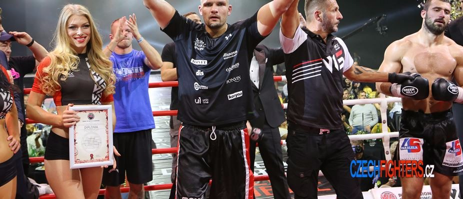 O2 Arena saw the legends of kickboxing and Tomáš Hron's victory